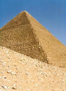 Pyramids-Giza-6