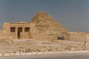 Pyramids-Saqqara-1