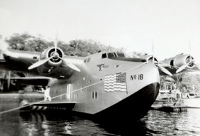 N-18602 docked at Pearl Harbor (Courtesy Pan Am Historical Foundation and Ed Dover)