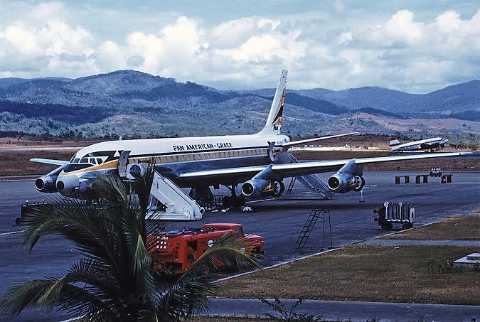 Panagra DC-8 at Panama (Allan Van Wickler)