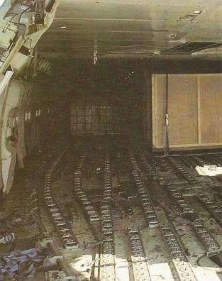747 Inside 1