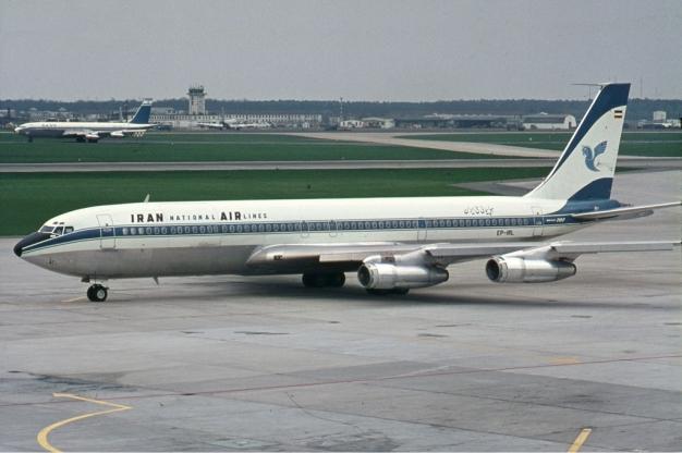 Iran_Air_Boeing_707-300_Manteufel