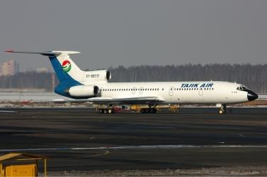 Tajik_Air_Tupolev_Tu-154M_Dvurekov