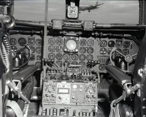 dc-6_cockpit