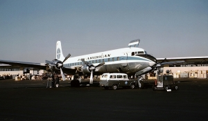 DC-6A freighter (photo by Jon Proctor).