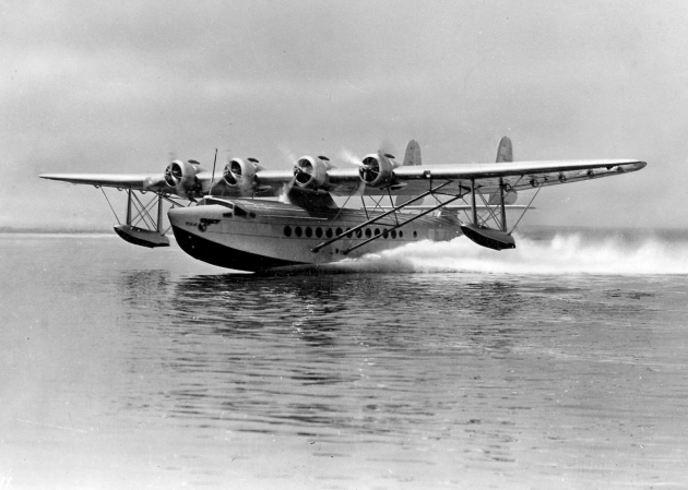 Sikorsky_S-42_PAA_taking_off_in_1930s