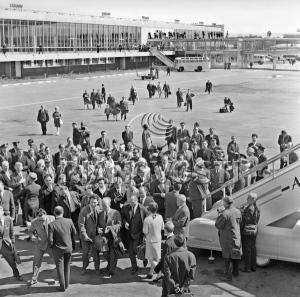 First Regular Moscow-New York Flight