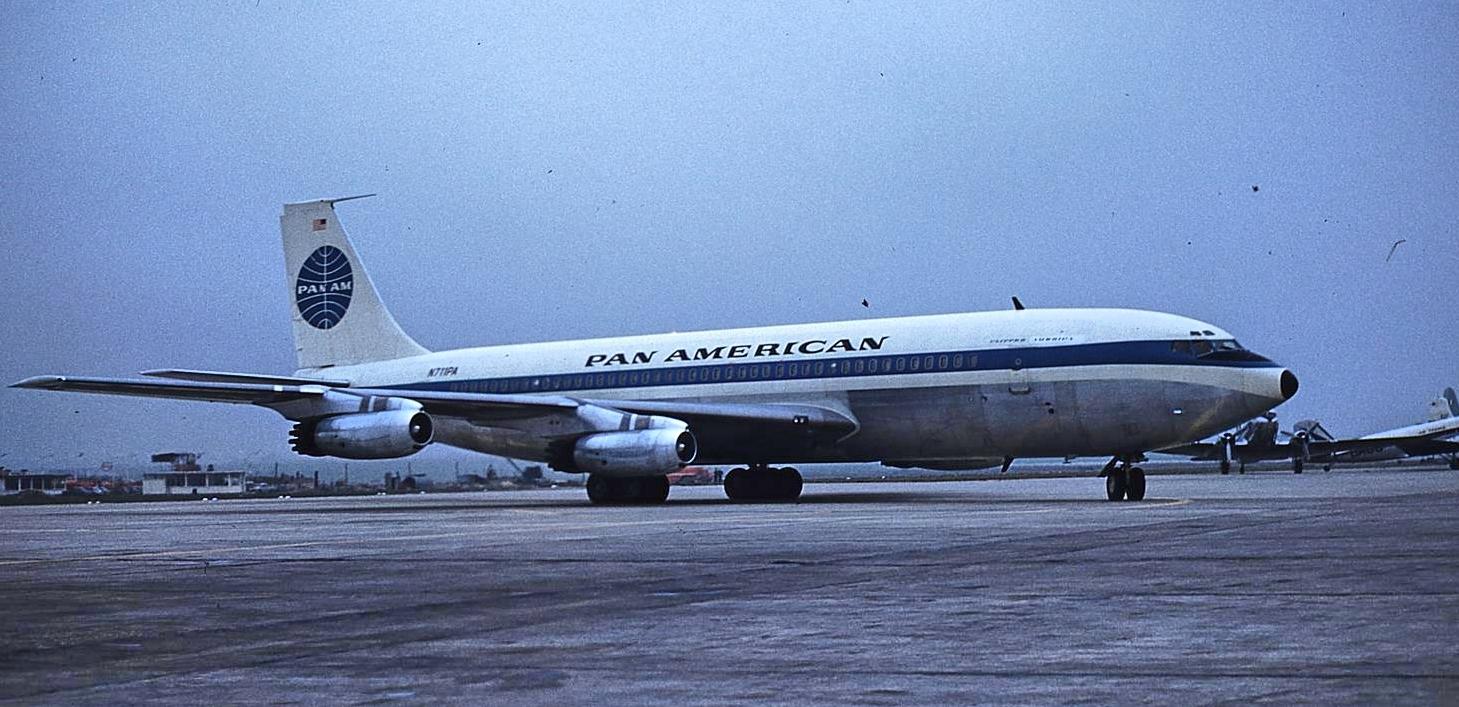 Clipper America arriving at Paris Orly on inaugural flight (Allan Van Wickler photo).