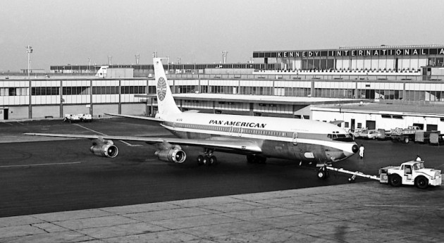 Boeing 707-213, Clipper Gem of the Skies, at New York Kennedy Airport (Peter Black, courtesy of Jon Proctor)