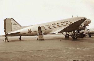 Douglas_DC-3,_American_Airlines_JP7076904 Jon Proctor